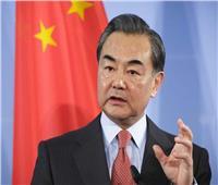 الصين تؤكد أهمية تعزيز التعاون مع اليابان ومعارضة الحمائية والأحادية