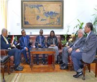 تنزانيا تشكر جامعة الإسكندرية على تنظيم قافلة طبية لها