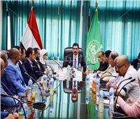 محافظ القليوبية يعقد اجتماعا لمتابعة تنفيذ مبادرة حماية شواطي النيل