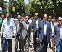 محافظ القاهرة يتفقد رفع الإشغالات والباعة الجائلين بالمعادي