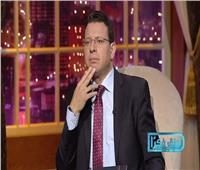 الليلة.. أولى حلقات «نطق فكرًا» مع عمرو عبد الحميد