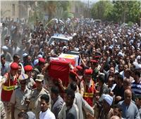 صور| تشييع جثمان شهيد قرية المحروسة في قنا