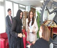 هبة هجرس تهدي سيدة باكستان الأولى نسخة من «قانون ذوي الإعاقة»