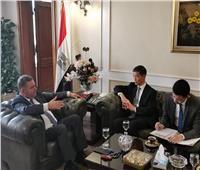 وزير قطاع الأعمال العام يبحث إنشاء أول مصنع للسيارات الكهربائية في مصر