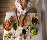 حكايات| يوتوبيا النباتيين.. تجارب شخصية عن هجر اللحوم رأفة بالبيئة والحيوانات