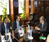وزير الكهرباء يستقبل رئيس شركة فودافون لبحث التعاون