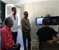 تركيب أجهزة الكشف الطبي على المرضي عن بعد بالوادي الجديد