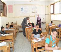 «التعليم» تصدر قرارا هاما بشأن طلاب الصفيين الثاني والثالث الابتدائي