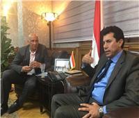 صبحي في تونس لمساندة شباب الطائرة أمام إيطاليا في بطولة العالم