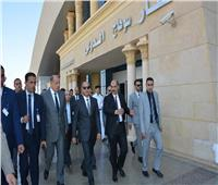 وزير الطيران يتفقد مطار سوهاج ويجتمع بالعاملين
