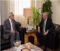 السفير العراقي يبحث مع وزير الإسكانتشكيل لجنة عليا مشتركة