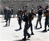 مفجر من طالبان يستهدف الشرطة الأفغانية مع استمرار حصار «قندوز»