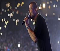 فيديو وصور| عمرو دياب يتألق في حفل غزالة مع «يوم تلات»