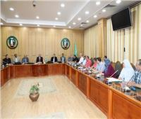 محافظ المنوفية يستقبل لجنة «التفتيش والمتابعة» بوزارة التنمية المحلية