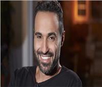 أحمد فهمي ردا على أحد الجمهور: «معييش فلوس»
