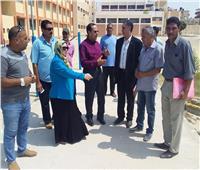 محافظ شمال سيناء يتفقد عددا من المدارس استعدادا للعام الدراسى الجديد