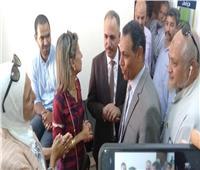 رئيس جهاز مدينة بدر يتابع عمل قافلة طبية توفر الكشف والعلاج مجانًا
