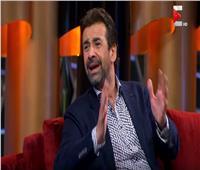 شاهد| كريم عبد العزيز يكشف سبب عدم ظهوره في البرامج والسوشيال ميديا