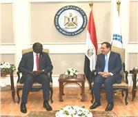 وزير البترول يبحث فرص التعاون مع جنوب السودان