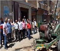 محافظ الأقصر يتفقد المشروعات الجارية بمدينة «أرمنت»