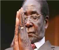 أقارب رئيس زيمبابوي الراحل: «موجابي» شعر بمرارة شديدة
