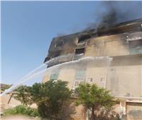 إصابة عاملين في حريق مصنع بلاستيك بأكتوبر