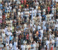 ما حكم المبالغة في فتح الأرجل أثناء الوقوف في صلاة الجماعة؟.. «الإفتاء» تجيب