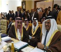 وزيرا خارجية البحرين والإمارات يصلان القاهرة لحضور اجتماع وزراء الخارجية العرب