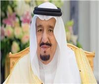 خلال اتصال هاتفي.. خادم الحرمين يطمئن على صحة أمير الكويت