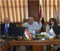 مجلس عمداء جامعة السادات يبحث إعادة تأهيل معهد الأورام