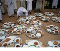 ما حكم تقديم الطعام في العزاء؟.. «الإفتاء» تجيب