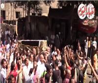 فيديو| في ذكرى وفاته.. لقطات دموع وداع في جنازة «أحمد رجب»