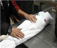 مصرع طفلة سقطت من علو في قنا