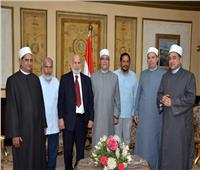 وصول وزير التعليم السعودي الأسبق لحضور مؤتمر الأوقاف