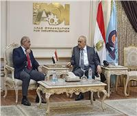 رئيس جامعة أسيوط يصل إلى الهيئة العربية للتصنيع لدعم التعاون المشترك