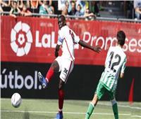 أشبيلية يتصدر الدوري الإسباني مؤقتا بالفوز على ديبورتيفو ألافيس