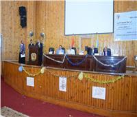 طب سوهاج تحتفل باستقبال طلابها الجدد وتكرم المتفوقين