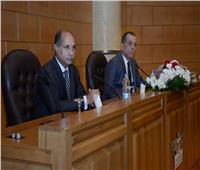 وزير الطيران: الخطة الإستراتيجية للوزارة تعتمد على تطوير جميع المطارات