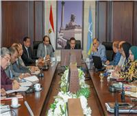 محافظ الإسكندرية يتابع استعدادات المحافظة لموسم الشتاء والنوات الممطرة