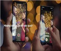 فيديو| «سامسونج» تسخر من هواتف «أبل» بإعلان جديد