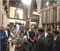 صور وفيديو| جولة وزير الأوقاف وضيوف مؤتمر الشئون الإسلامية بكنيسة مار جرجس