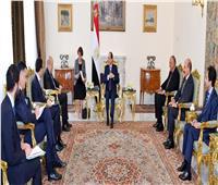 السيسي: حريصون على تعزيز العلاقات الثنائية مع فرنسا في مختلف المجالات