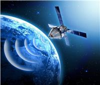روسيا والصين تشكل تجمع أقمار اصطناعية لتوزيع خدمات الإنترنت فائق السرعة