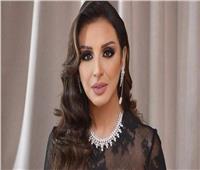 فيديو| أنغام تنضم لانتفاضة الفنانين: «مصر هتفضل أم الدنيا معاك ياريس»