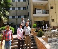 نائب رئيس جامعة عين شمس يتفقد المدن الجامعية