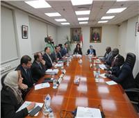 وزير المالية يبحث مع نظيره بجنوب السودان سبل تعزيز التعاون الاقتصادي بين البلدين