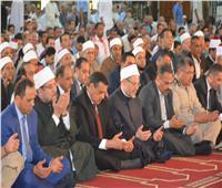 وزير الأوقاف يؤم المصلين لصلاه الجمعه فى ذكرى إحتفالات المحافظة بعيدها القومى