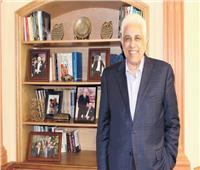 د.حسام بدراوى : أتعلم الرسم والبيانو..وأمى أجمل نساء العالم
