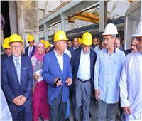 وزير النقل وسفير المجرفي مصنع سيماف لمشاهدةإنتاجعربات السكة الحديدية