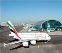 مطارات دبي: تحويل مسار رحلتين للاشتباه بنشاط طائرة مسيرة